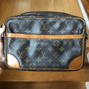 Louis Vuitton Monogram Compiegne 23 Bag